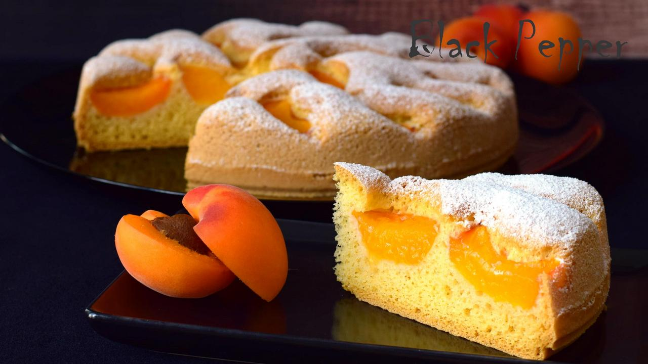 Apricot Charlotte Cake with Almonds