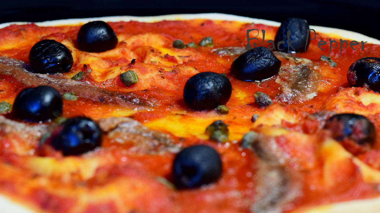 Pizza Marinara with Anchovies